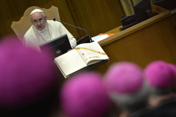 papa_admite_complicidad_con_los_religiosos_pedofilos